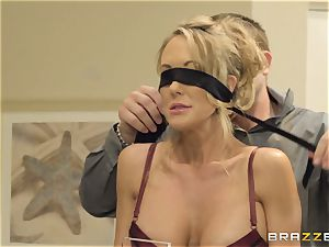 The spouse of Brandi enjoy lets her pulverize a different man