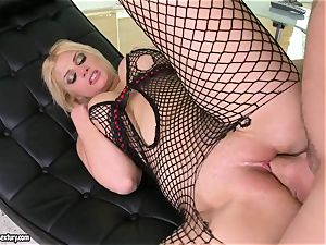 Brooklyn Bailey likes the muscled sword working rock hard to pour out on her