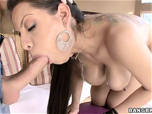 Smoking hot Yurizan Beltran gets crammed with trouser snake