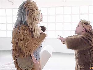 Spanish biotch Yuno enjoy gets plumbed by Chewbacca, Yoda and an ewok