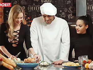 LETSDOEIT - hookup Cooking With honeys Apolonia and Angel