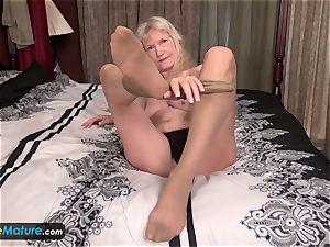 EuropeMature senior grandma Cindy gone too super-naughty
