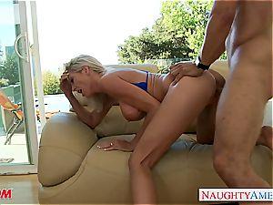 buxomy blond mom Emma Starr gets pounded