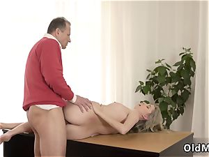 gangbang Stranger in a huge palace knows how to warm you up