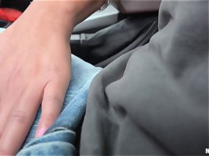 Loren Minardi slit romped deep in the car