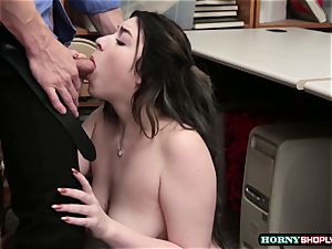 Officer humps huge-titted Amilia Onyxs raw cunny so deep and rock hard