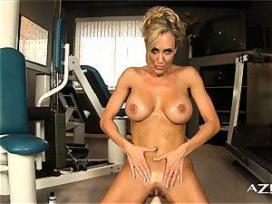 super-sexy light-haired milf rails sybian and pops rigid