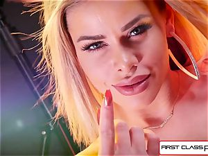 observe Jessa Rhodes taking a ample prick down her throat